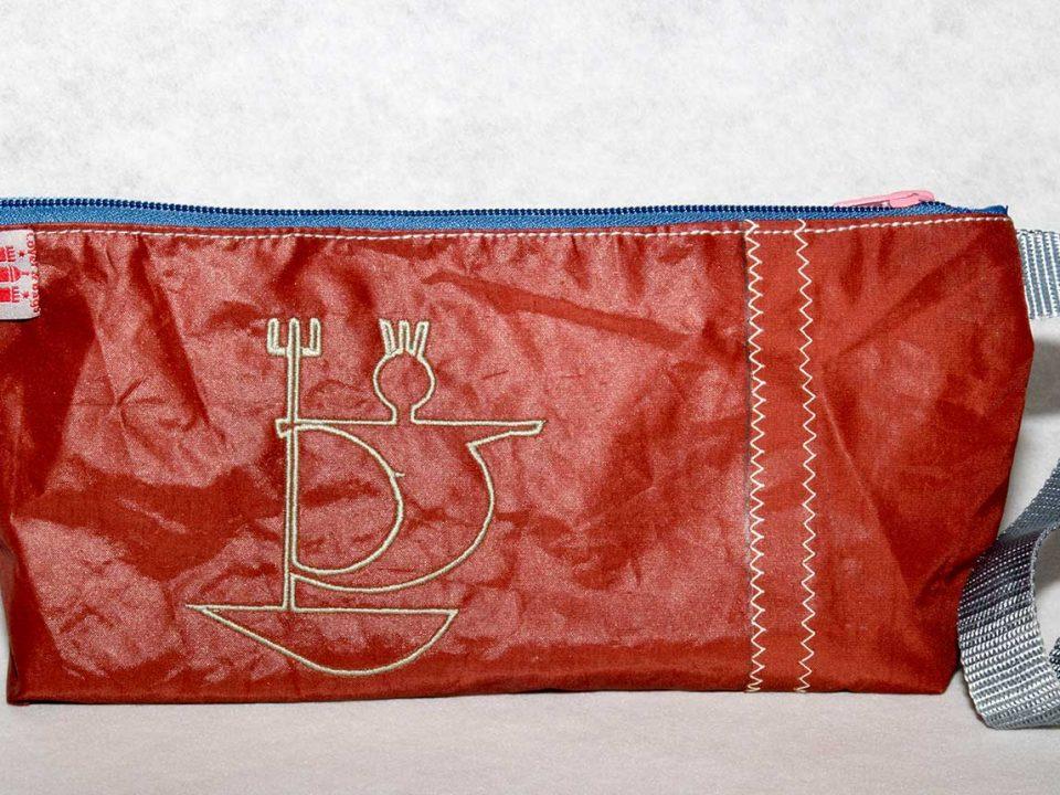 Kulturtasche aus Segel Rot
